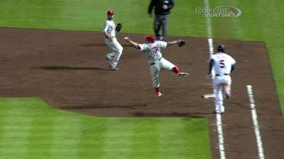 Put in early hole, Phils can't climb back for Cloyd