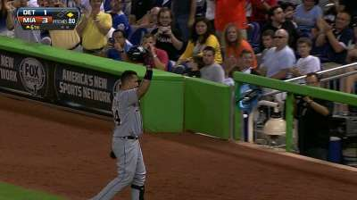 Miggy claims third straight AL batting title