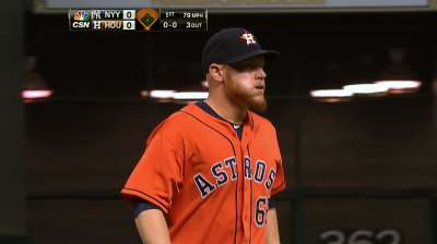 Oberholtzer caps solid season, but Astros fall short