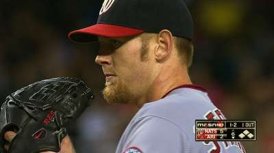 Stras caps solid season with win over D-backs