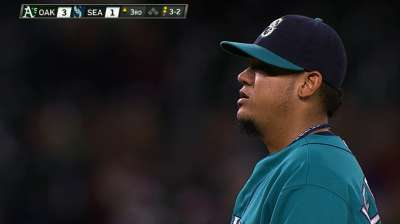 Home of Mariners ace Hernandez damaged in fire