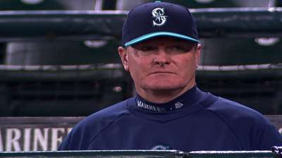Wedge informs Mariners he won't return in 2014