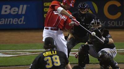 Driven by club's success, Votto eyes return to old form