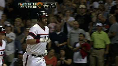 Four Chicago homers help rookie to third straight win