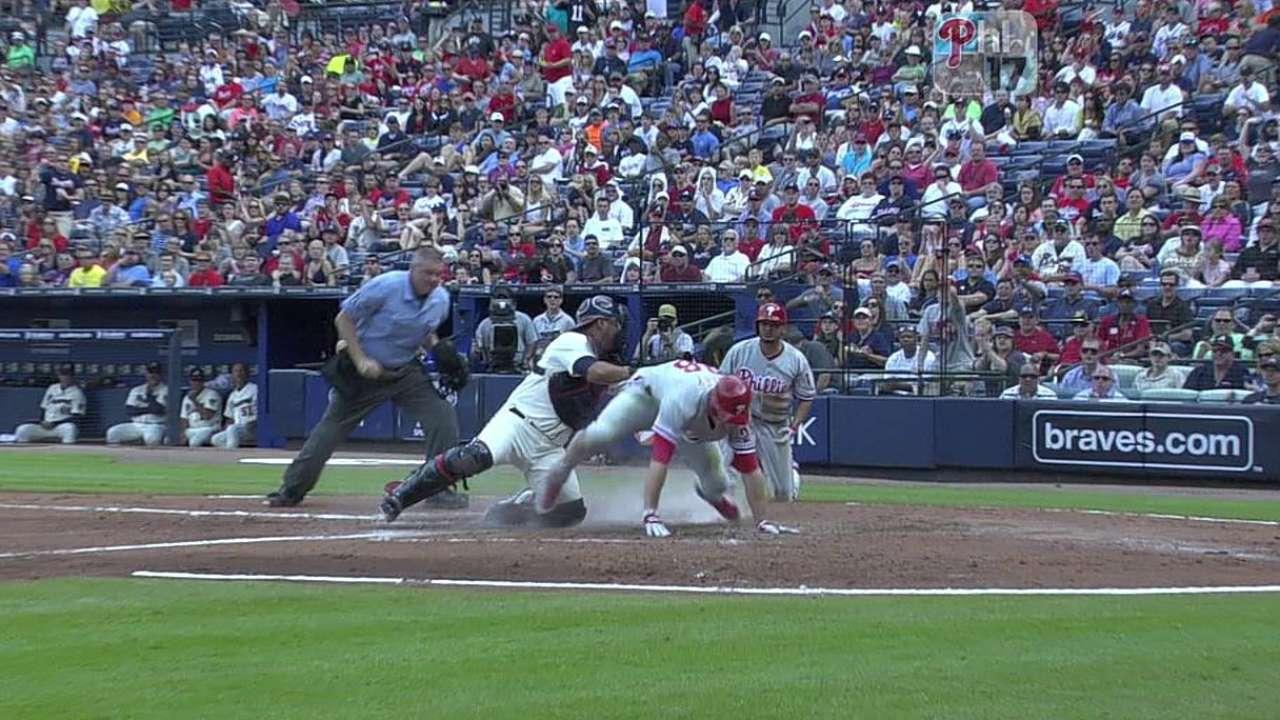 Phillies working to shape versatile bench