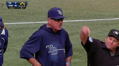 Maddon gets heated, tossed in crucial inning