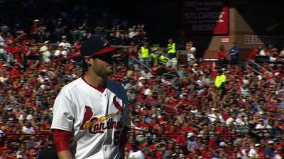 Cardinals select Kelly to start Game 3 of NLDS