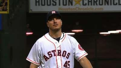 Astros can't break slump despite Bedard's outing