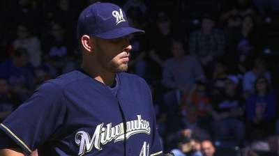 Defensive miscues cost Brewers in loss to Mets