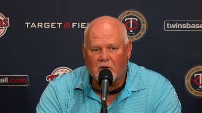 Gardenhire gets two-year deal to stay with Twins