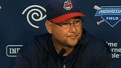 Francona keeps Perez on roster for Wild Card Game