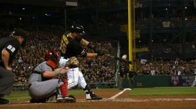 Martin rewards Pirates' faith with multihomer game