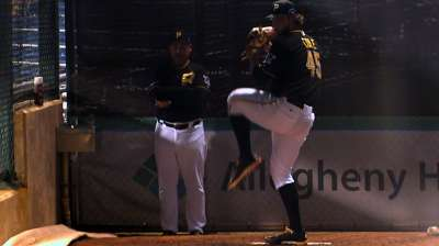 Cole shows maturity amid Pirates' pandemonium