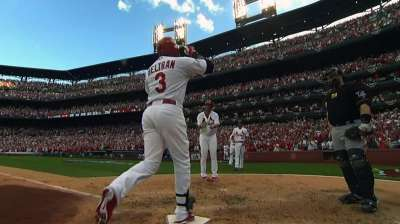 Beltran ties Ruth with 15th postseason homer