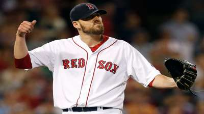 Lackey looks to give Sox commanding 2-0 ALDS edge