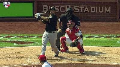 Free-swinging Alvarez making hits count