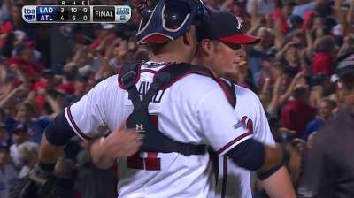 Called on for four outs, Kimbrel keeps cool