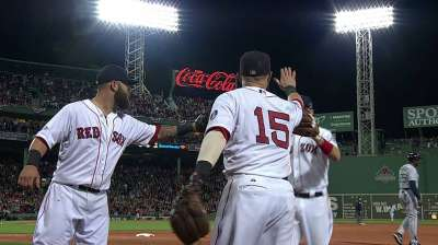 Red Sox flash stellar defense to help take Game 2