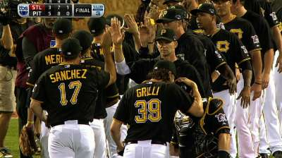 Dominant Grilli picks up Melancon in clean ninth