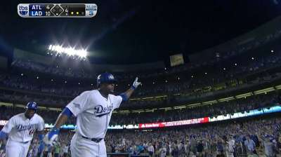 Dodgers take control with Game 3 rout of Braves