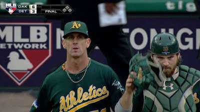 Inbox: Will the A's re-sign closer Balfour?