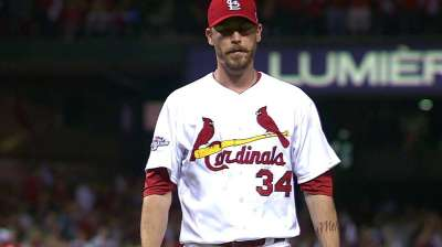 After opening year as Crew closer, Axford in Fall Classic