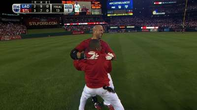Beltran's October heroics continue in NLCS opener