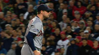Scherzer's effort furthers dominance of Tigers' starters