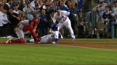 Hanley heals Dodgers' lineup despite fractured rib