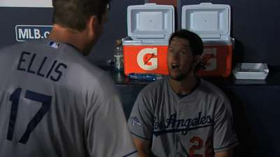 Ellis has earned respect from Kershaw, Dodgers