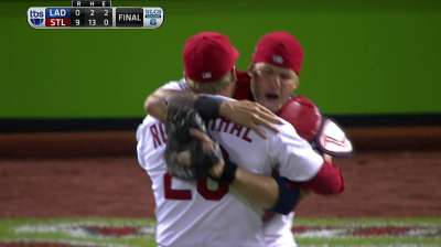 Card trick: Rout sends St. Louis to World Series