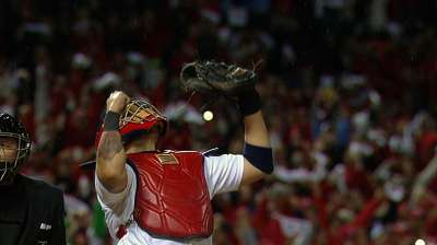 Following Yadi: Cards have best of best behind plate