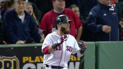 Pedroia nearly has Fisk moment, but drive ruled foul