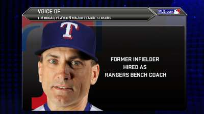 Rangers hire Bogar to be bench coach