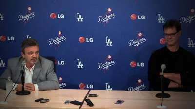 Dodgers dismiss bench coach Hillman