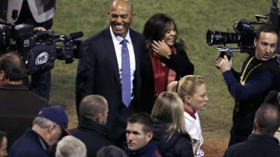 Mo hardware: Selig to honor Rivera before Game 2