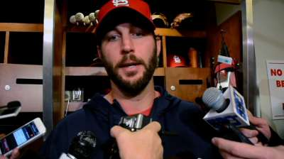 Wainwright regains form in Game 5, but to no avail