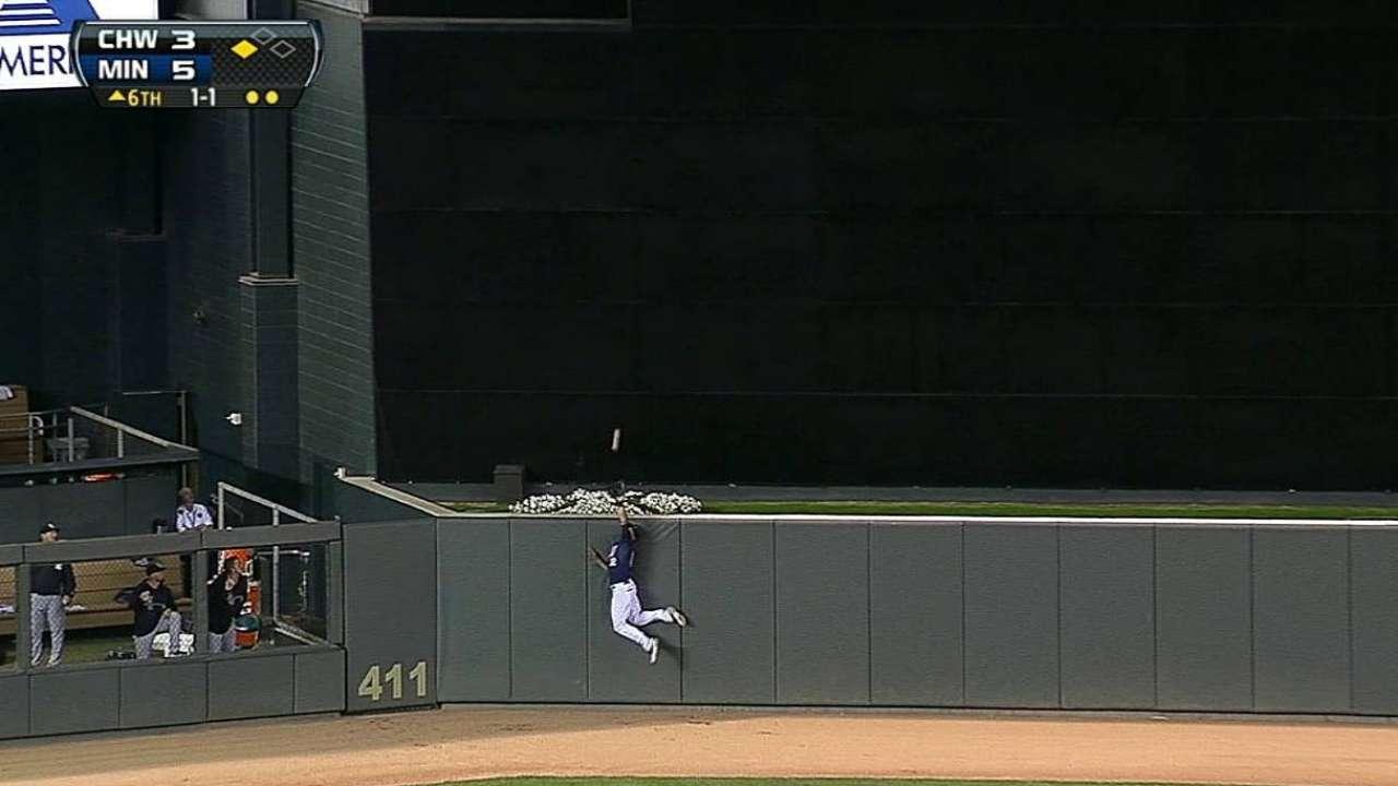 Pitcheo, bates de Mellizos se imponen a White Sox