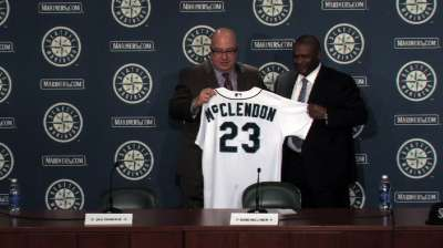 Mariners introduce new manager McClendon