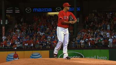 Rangers sign lefty Perez to four-year deal