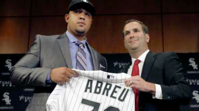 Abreu joins rich history of Cuban ballplayers in Chicago