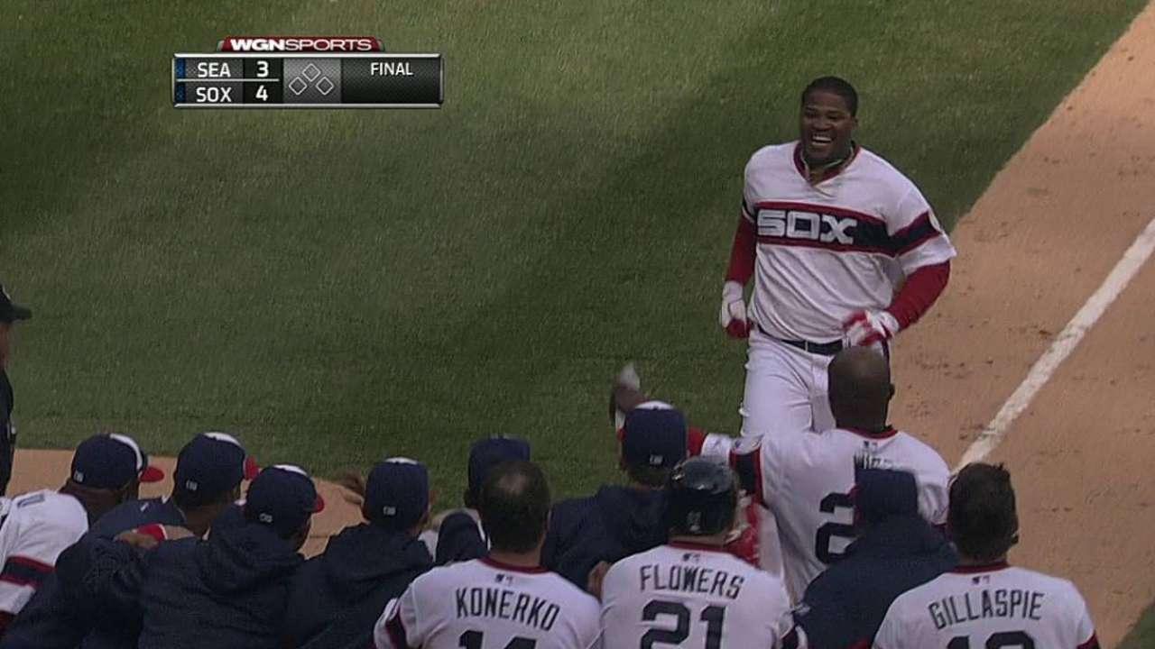 Viciedo sella triunfo de White Sox con HR en la 10ma