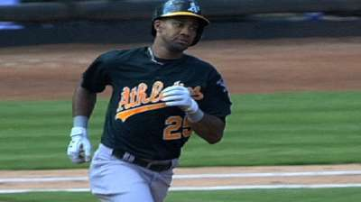 Mets sign ex-A's outfielder Young to one-year deal