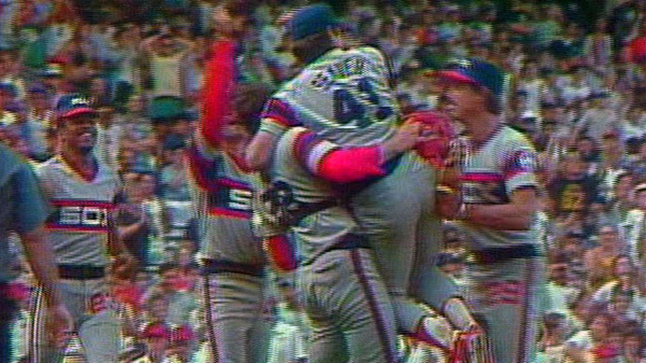 Seaver's 300th win