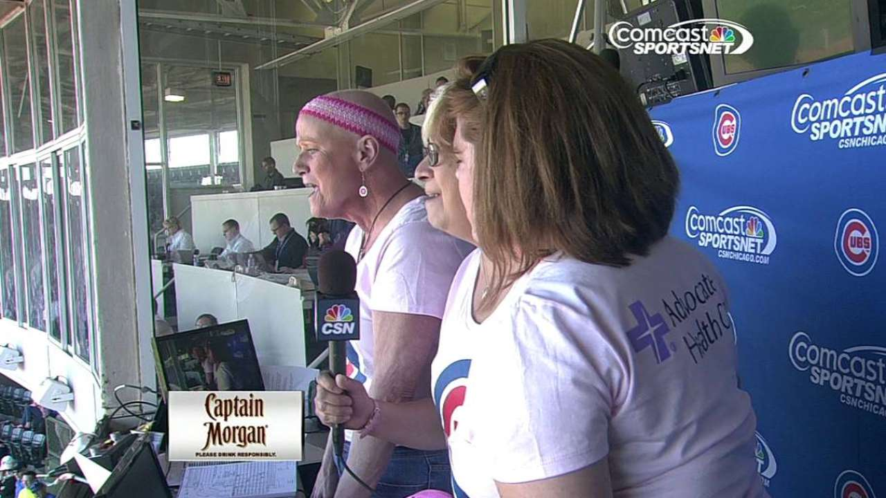 Cubs fight breast cancer on 'Pink Out' day