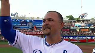 2012 ASG: Butler receives huge ovation from crowd