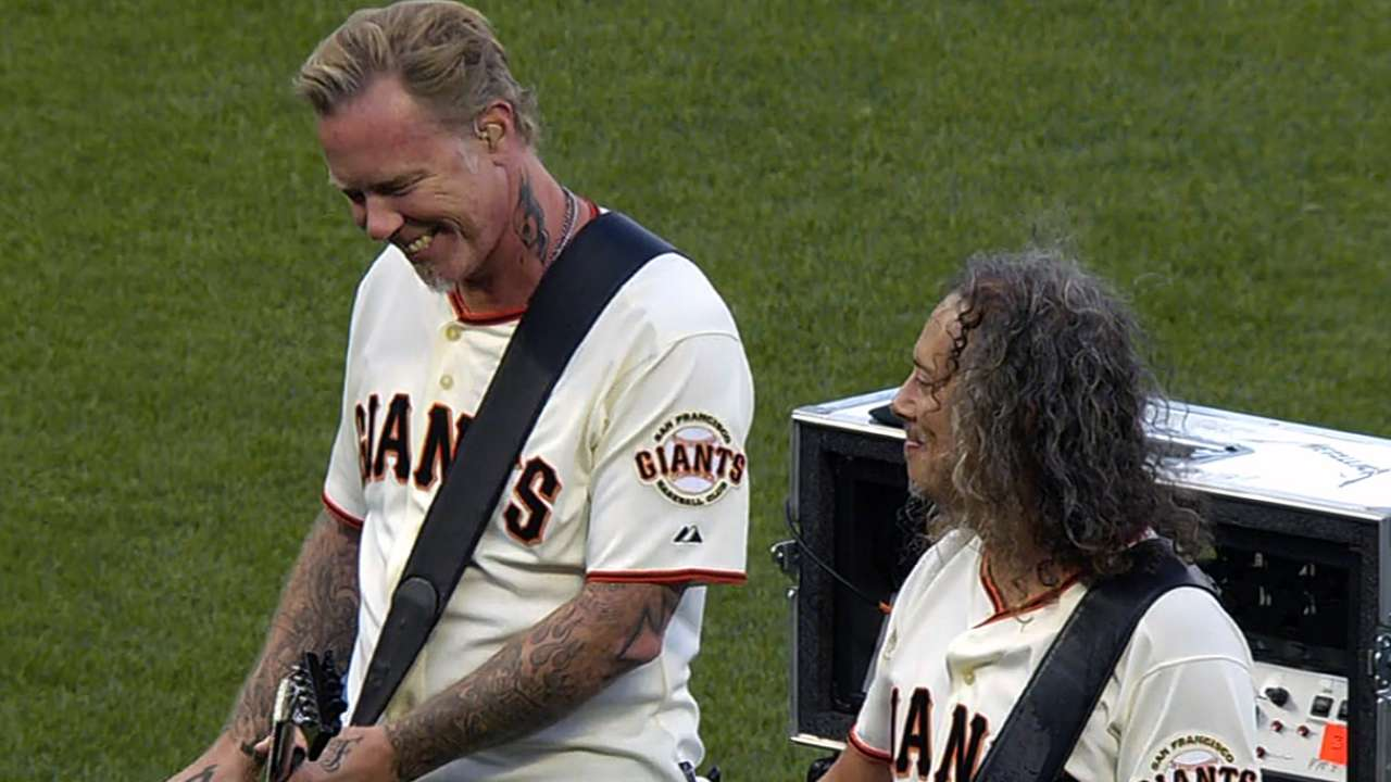 AT&T Park gets rocking on Metallica Night