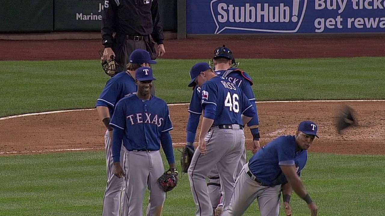 Washington, Andrus attempt to prank Beltre