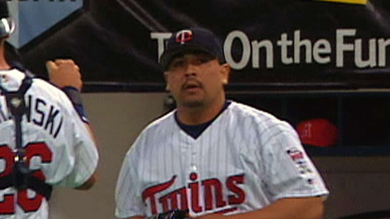 Guardado, Mee elected to Twins Hall of Fame