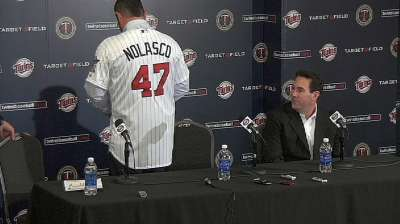 Twins introduce free-agent righty Nolasco